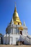 Guld- stupa Royaltyfri Bild