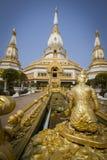 Guld- stupa Fotografering för Bildbyråer