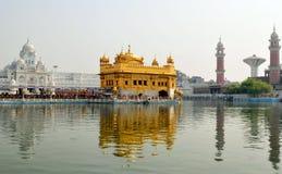guld- tempel arkivfoton