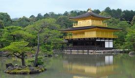 Guld- tempel Royaltyfria Foton