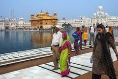 Guld- tempel av Amritsar - Punjab - Indien Fotografering för Bildbyråer