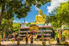 Guld- tempel Dambulla Royaltyfria Bilder