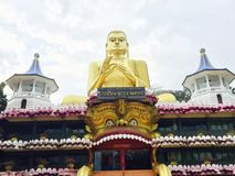 guld- tempel för dambulla Royaltyfri Bild