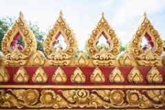 Guld- tempel för Lotus kyrkaväggar Royaltyfria Foton
