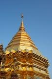 Guld- thai tempel Arkivfoton