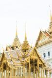 Guld- thailändsk arkitektur Royaltyfri Foto