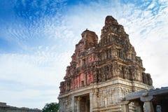 Guld- torn av den Vittala templet Arkivbilder