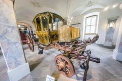 Guld- vagn i den Fasanerie slotten i Eichenzell Arkivbild