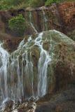 Guld- vattenfall i Jiufen den gamla gatan - Taiwan Royaltyfria Foton
