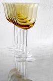 guld- wine för exponeringsglas Arkivbilder