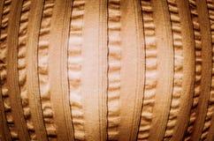 Guldabstrakt begrepptextur och tappningbakgrund, sikt för Fisheye lins. F Arkivfoto