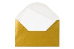 Guldkuvert med den blanka bokstaven Royaltyfria Foton