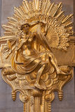 guldskulpturvägg Royaltyfri Fotografi