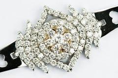 guldsmycken för diamant 18k royaltyfria bilder