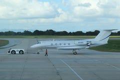 Gulfstream III straal op tarmac bij La Romana International Airport royalty-vrije stock afbeelding