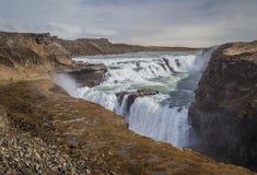 Gullfoss - den största vattenfallet av Island Royaltyfria Foton