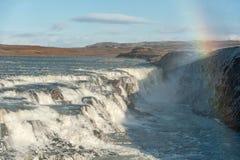Gullfoss fällt in Island Einer der berühmtesten Fälle in Island Blauer Himmel im Hintergrund Lizenzfreies Stockbild