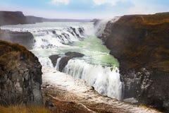 Gullfoss vattenfall de populäraste turist- dragningarna i Icela Royaltyfri Foto