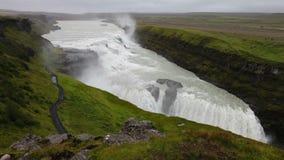 Gullfossdalingen van IJsland stock video