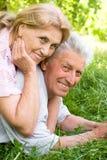 gullig åldring för par Royaltyfria Foton
