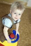 gullig blond pojke little gammala en år Royaltyfri Fotografi