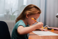 gullig draw för barn arkivfoto