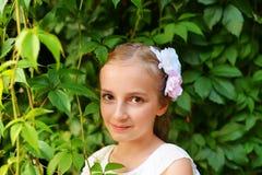 gullig flicka Arkivbild