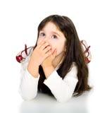 gullig flicka för skönhetbarn som lägger ståenden Arkivbilder