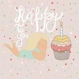 Gullig flicka för tecknad film med födelsedagmuffin och bokstäver - som är lyckliga till dig Hand-dragit skissa stilillustratione Royaltyfri Fotografi