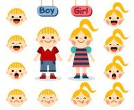 Gullig flicka och pojke med framsidor som visar olika sinnesrörelser Fotografering för Bildbyråer
