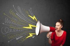 Gullig flicka som ropar in i megafonen med hand dragen linjer och arro Royaltyfri Bild