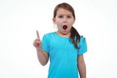 Gullig flicka som skakar fingret som säger inte till kameran arkivfoton