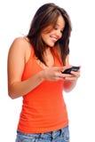 Gullig flicka som texting Royaltyfri Foto