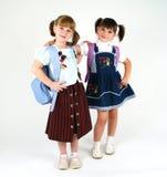 gullig flickaskola arkivfoton