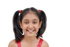 gullig flickastående s Fotografering för Bildbyråer