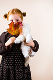 gullig flickaståenderedhead Royaltyfri Bild