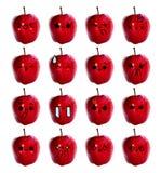 Gullig framsida för Emoticon - den röda äppleisolaten på vit bakgrund arkivfoton