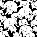 Gullig hand drog elefanter Sömlös modell för monokrom vektor Royaltyfria Bilder