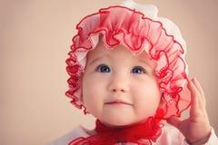 Gullig jul behandla som ett barn flickacloseupen Royaltyfri Fotografi