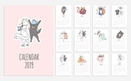 Gullig kalender för katter för 2019 med klottrade pott Vektorstadsplanerare royaltyfri illustrationer