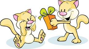 Gullig katt som ger gåvan - rolig illustration på vit Royaltyfria Foton