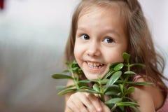 Gullig liten flicka Royaltyfri Foto