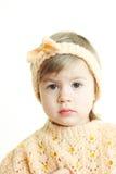Gullig liten flicka i handgjord kläder Royaltyfria Foton