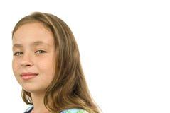 Gullig liten flicka med fräknar Arkivfoton