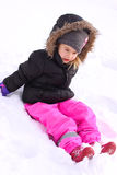 Gullig liten flicka på vinter Fotografering för Bildbyråer