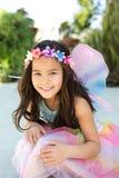 Gullig liten flickauppklädd som en fe Royaltyfri Foto