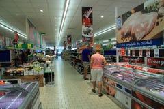 gullig lycklig liten shoppingsupermarket för tecken Fotografering för Bildbyråer