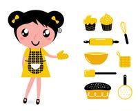 Gullig matlagningflicka med tillbehör Arkivfoto