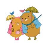 Gullig nallebjörn under ett paraply Arkivbild