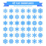 Gullig snöflingasamling som isoleras på vit bakgrund Den plana snösymbolen, snö flagar konturn Trevliga snöflingor för julbann Fotografering för Bildbyråer
